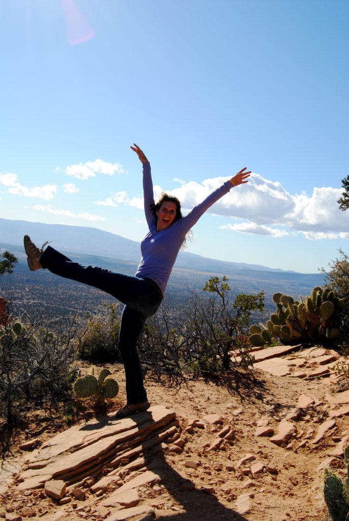 deva-joyous-yoga